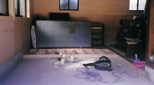 ガレージの床 モルタル仕上げ